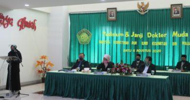 FKIK UIN Maulana Malik Ibrahim Malang Sukses Gelar ZOOMISIUM (Yudisium Daring Via Zoom) dan Pengucapan Janji Dokter Muda