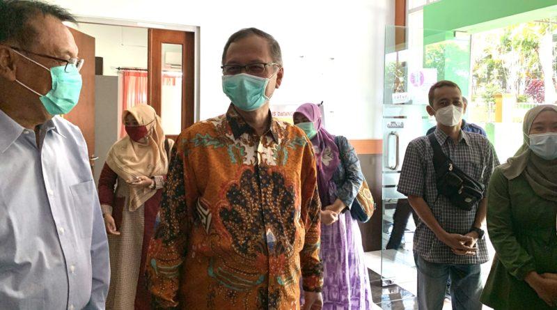 Perdana di UIN Malang Dosen dan Tendik FKIK Menerima Vaksin Covid-19