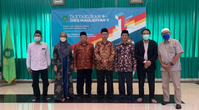 Tasyakuran 5 Tahun FKIK Dihadiri oleh Rektor 3 Generasi